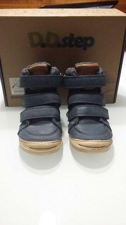 Ботинки осень-зима для мальчика р-р 25 D.D.step