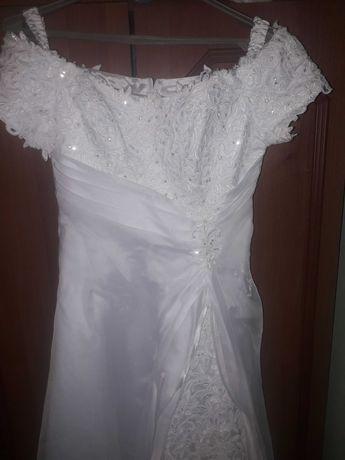 Плаття весільне хароше