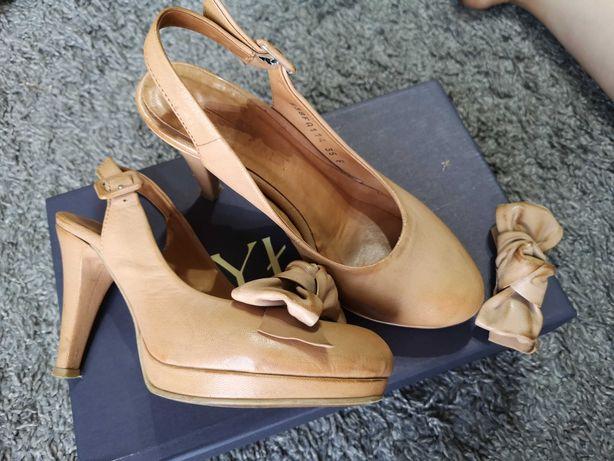Buty na obcasie Ryłko, sandały, stan dobry. Rozmiar 35