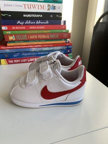 Buty Nike r. 22