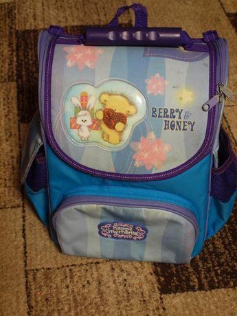 Школьный ранец (рюкзак каркасный)