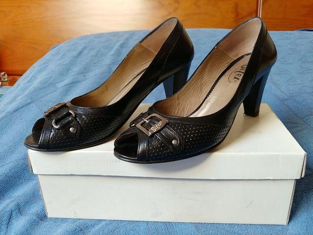 Sapatos senhora nº 38 em optimo estado