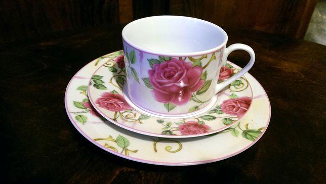 Zestaw śniadaniowy porcelana w róże