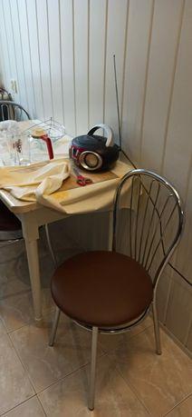 Krzesła kuchenne metalowe 3 szt.