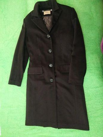 Классическое кашемировое шерстяное пальто 46 р.