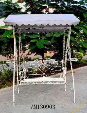 Cadeira Baloiço Metal - Cast. Antigo 213X126X236CM