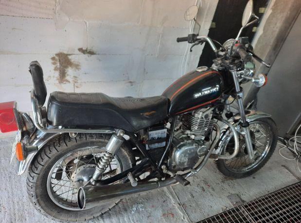 motocykl suzuki gn