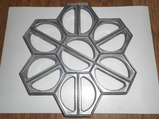 Редкая Форма для вареников и пельменей на 14 штук