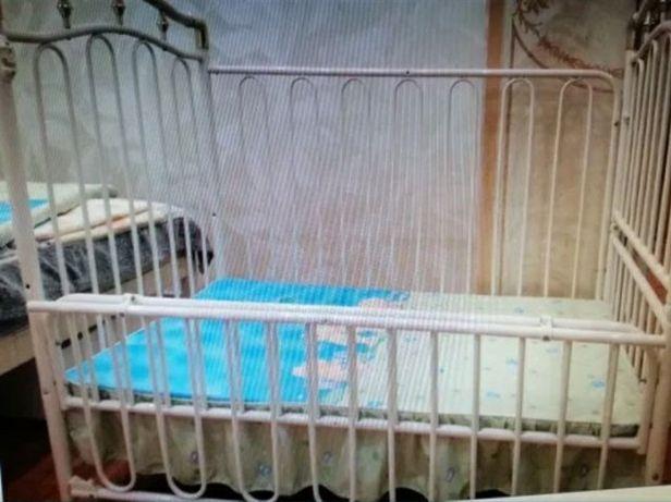 Манеж кровать от 0 до 7лет в отличном состоянии