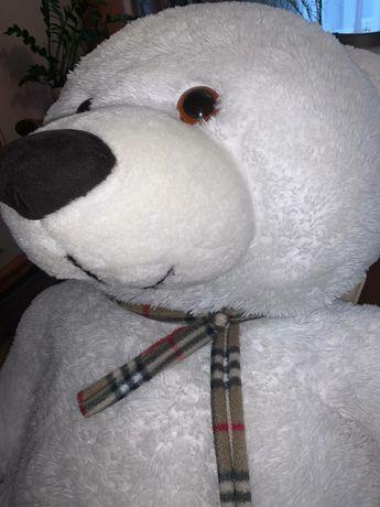 Ведмідь плюшевий