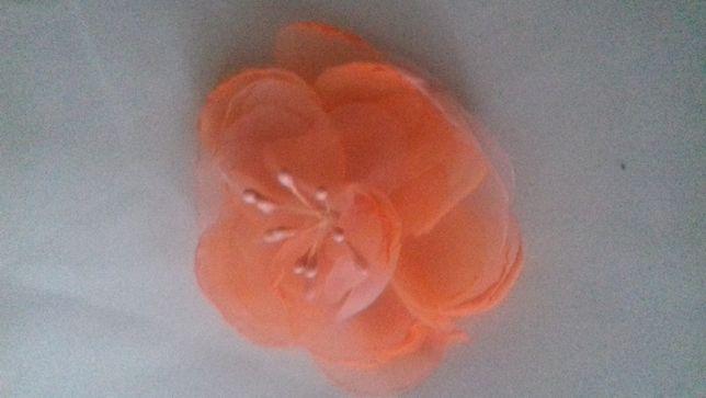 kwiaty z szyfonu, duże, średnica 9 cm
