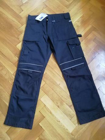 Spodnie robocze niemieckiej firmy PKA