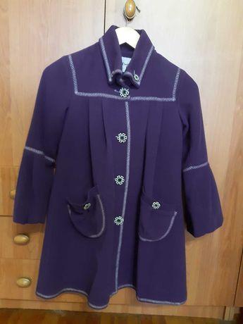 Пальто для девочки демисезонные, 9-10 лет