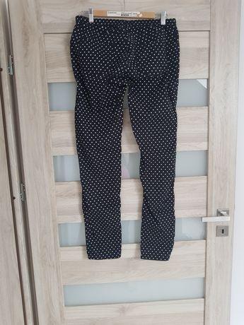 Spodnie damskie czarne w białe groszki