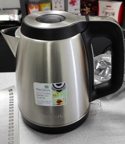 Чайник из нержавеющей стали Тефал 1.7 лит Лучший выбор
