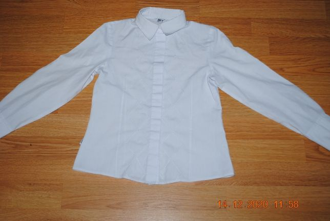 Белая школьная блузка Sly на 10-11 лет