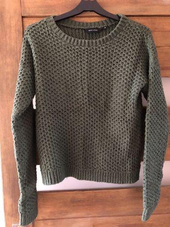 Zielony sweterek rozmiar S/M