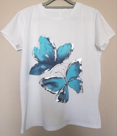 Koszulka biała z aplikacją