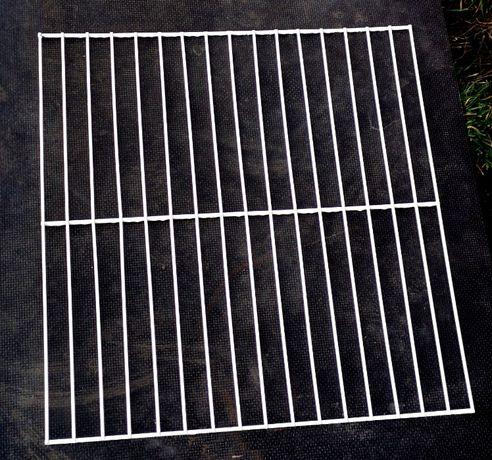 Ruszt do cel dla gołębi 44,5x43,5, metalowy