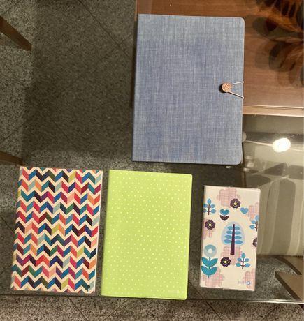Cadernos novos, vários tamanhos