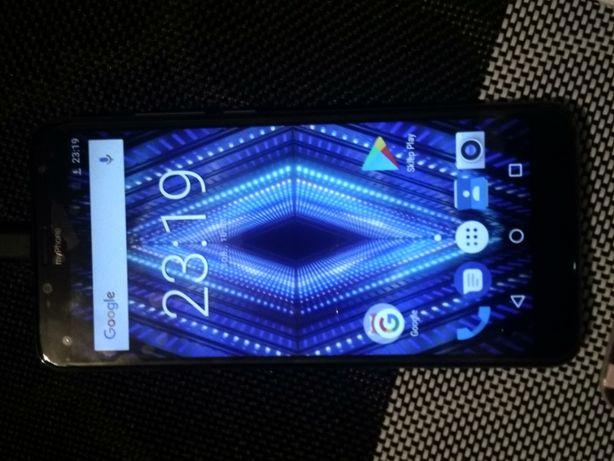 Telefon MyPhone Prime 18×9. Kolor złoty.