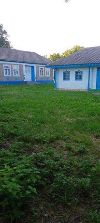 Продається будинок з земельною ділянкою 0.36га