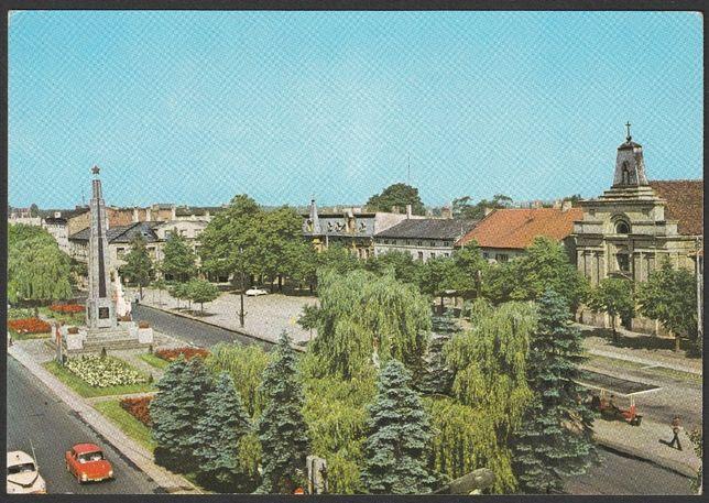 pocztówka - Tomaszów Mazowiecki - 1975 - plac Kościuszki - pomnik