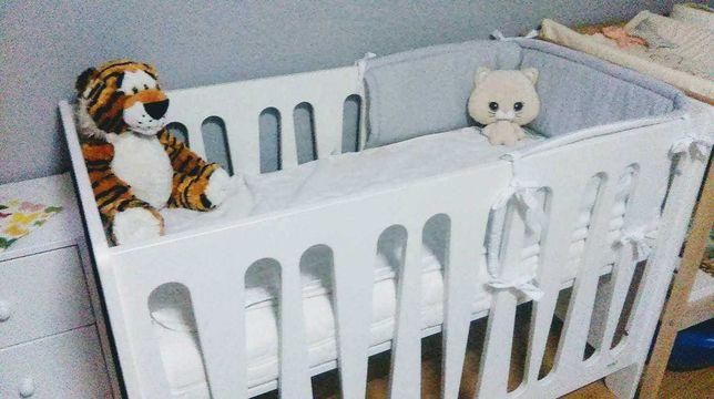 Lóżeczko dla niemowlaka wraz z dostawka Lionelo