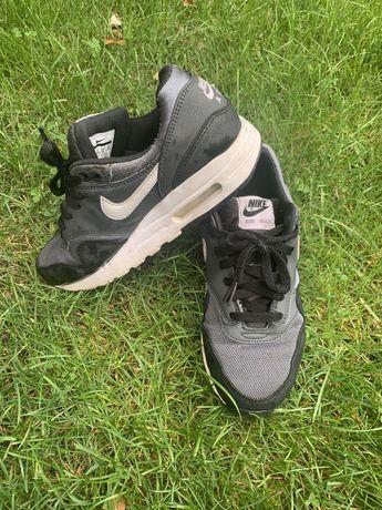 Buty Nike Air Max 38,5 (6Y)