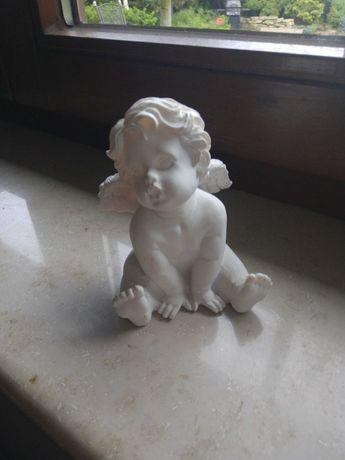 Aniołek ze skrzydłami figurka dla kolekcjonera dekoracja angel