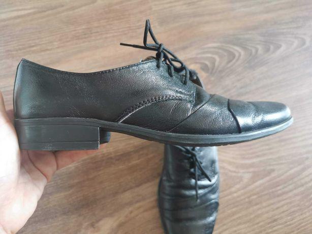 Czarne eleganckie buty 34 wesele komunia KMK chłopięce