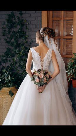 Свадебное платье, коллекции 2020-2021