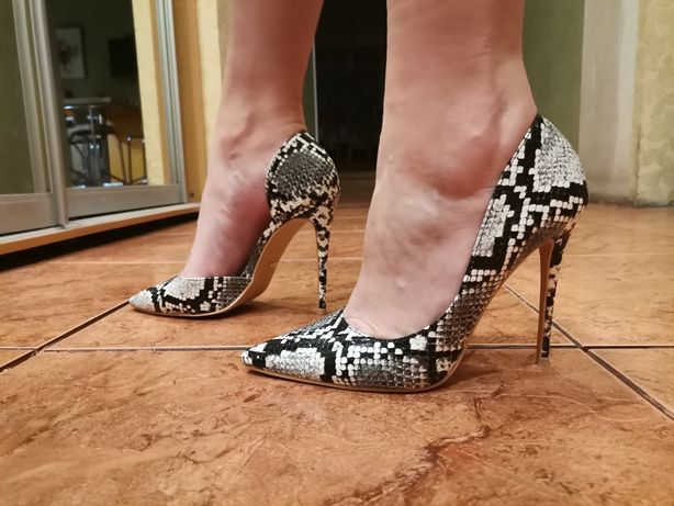 Туфли на шпильке 37 размер