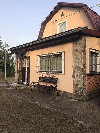 Дом с земельным участком