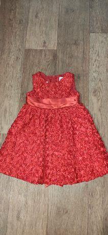 Красное платье для маленькой модницы