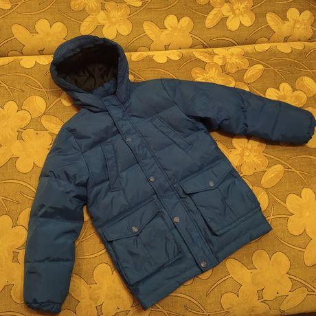 Зимняя куртка(пуховик) на мальчика 7-8 лет