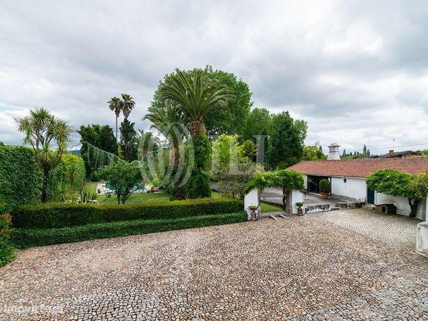 Moradia do séc. XVIII com piscina e jardim na Vacariça, M...