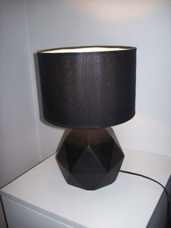 lampa lampka nocna Tower firma Tk Lighting na szafkę nocną na biurko