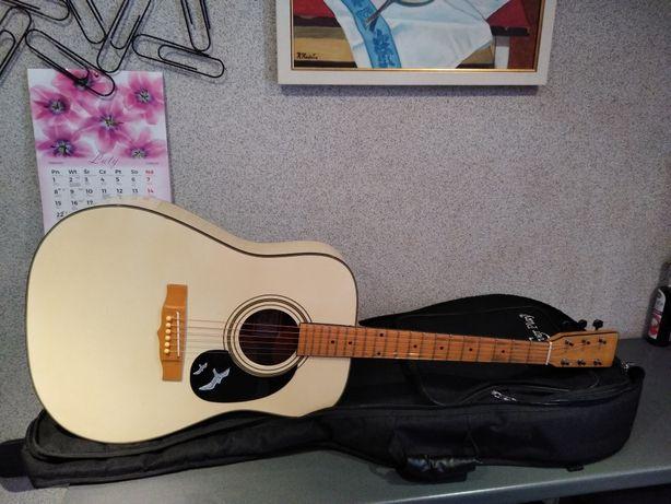 Piękna gitara akustyczna ML-Seagull z solidnym pokrowcem Polecam !!