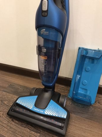 Беспроводный пылесос Philips PowerPro Aqua