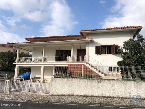 Moradia - 364 m² - T4