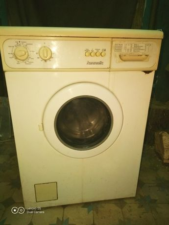 Продам стиральную машину на запчасти.hanseatik производства Германии.