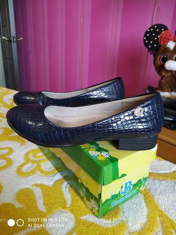 Туфли на девочку размер 33 состояние идеальное без дефектов сделаю за