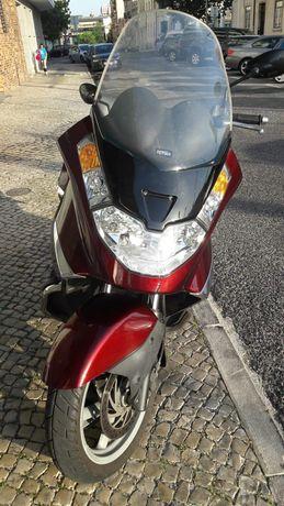 Vendo scooter aprillia 500