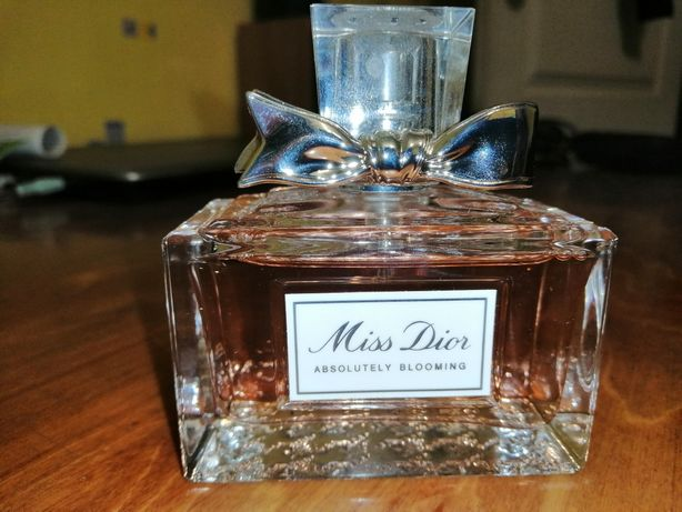 Духи Dior Miss Dior Absolutely Blooming