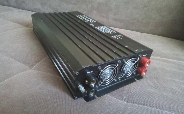 Інвертер Mobitronic type 8200-024VS інвертор 2000 ватт, 24 вольт