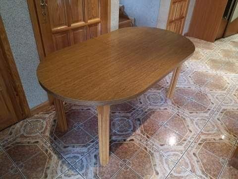 Stół drewniany kolor dębowy