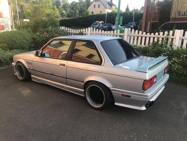 Nakładki na progi , zderzak tył BMW E30 rarytas , m technic , m3