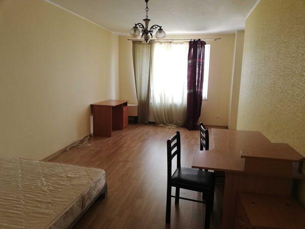 1-кімнатна кв. в оренду на Чернівецькій, з інд. опаленням.