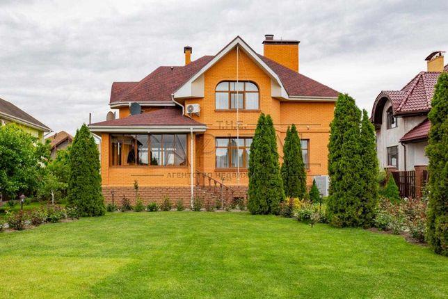 Продажа 2-этажного дома с ремонтом в с. Счастливое